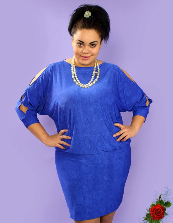 Платье в стиле «летучая мышь» для полных женщин
