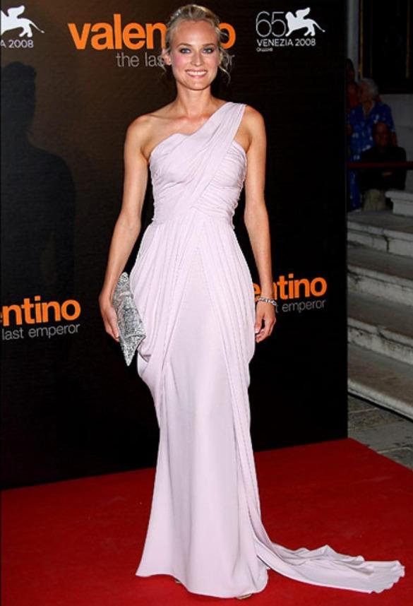 Диана Крюгер в греческом платье