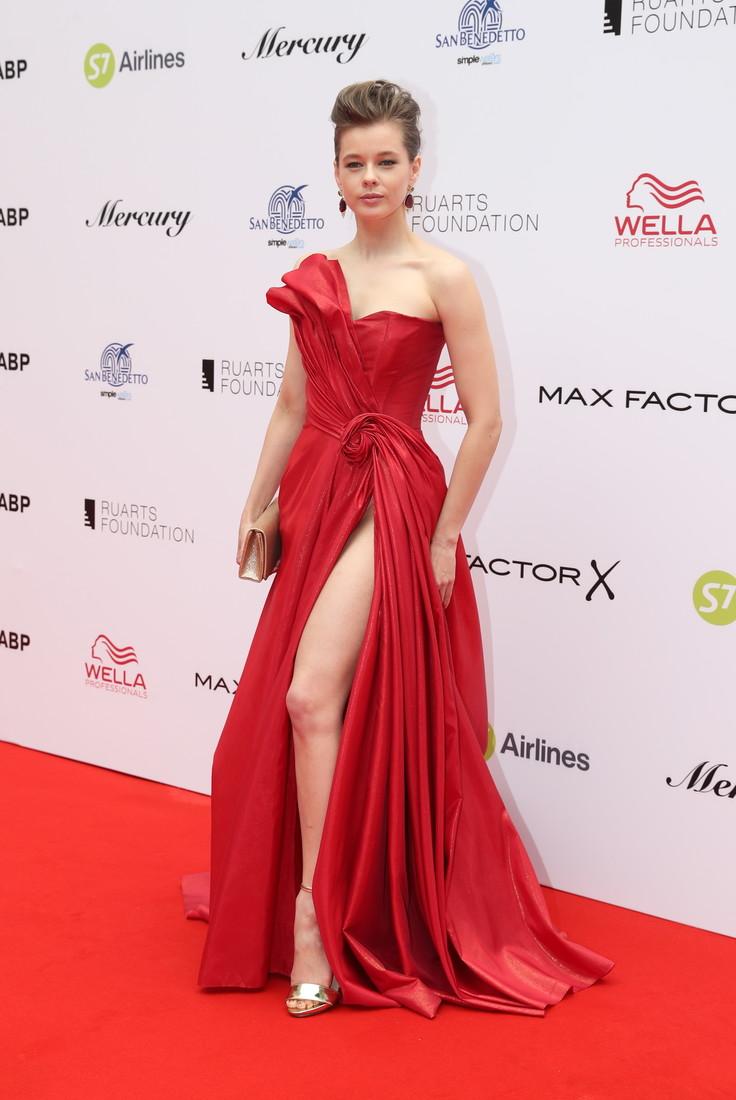 Красная Дорожка Платья