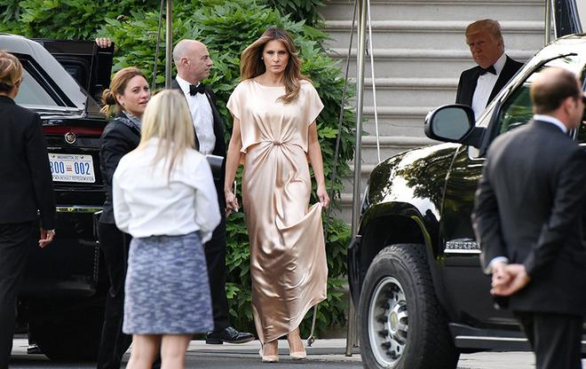 Греческое платье Мелании Трамп