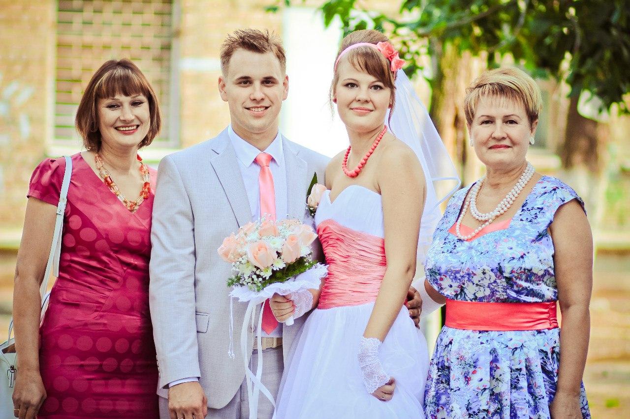 Красивые платья на свадьбу маме жениха фото