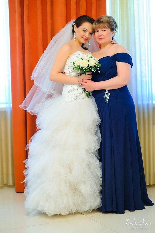 Платье для мамы невесты А-силуэта