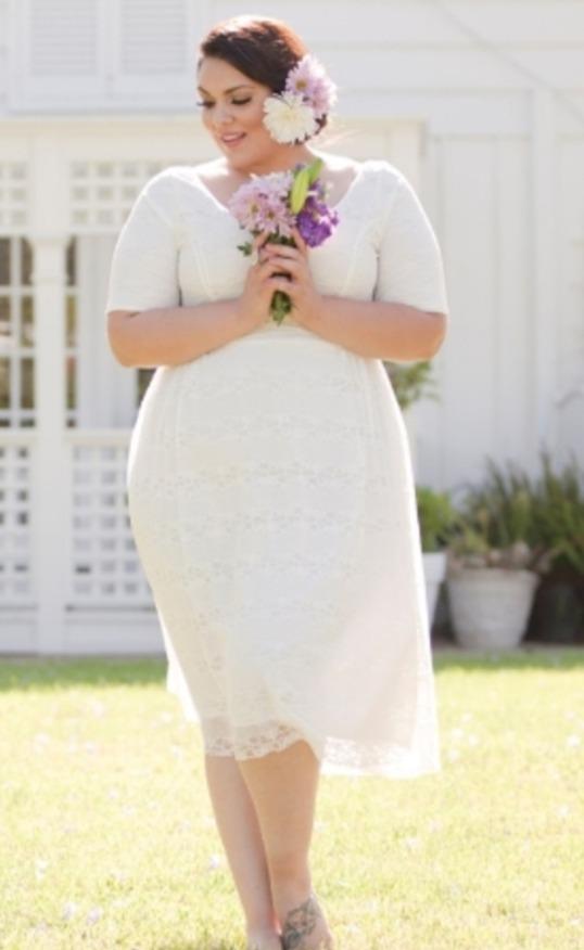 Свадебные платья короткие для полных